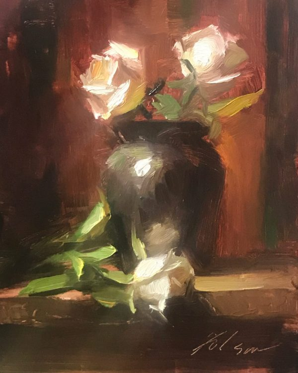 An original oil painting of a still life titled Ivory Garden Roses by Kelli Folsom